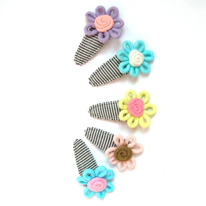 no slip baby hair clip with cotton flower