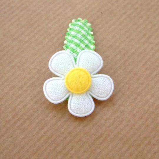 Barrette pour bébé fleur pâquerette